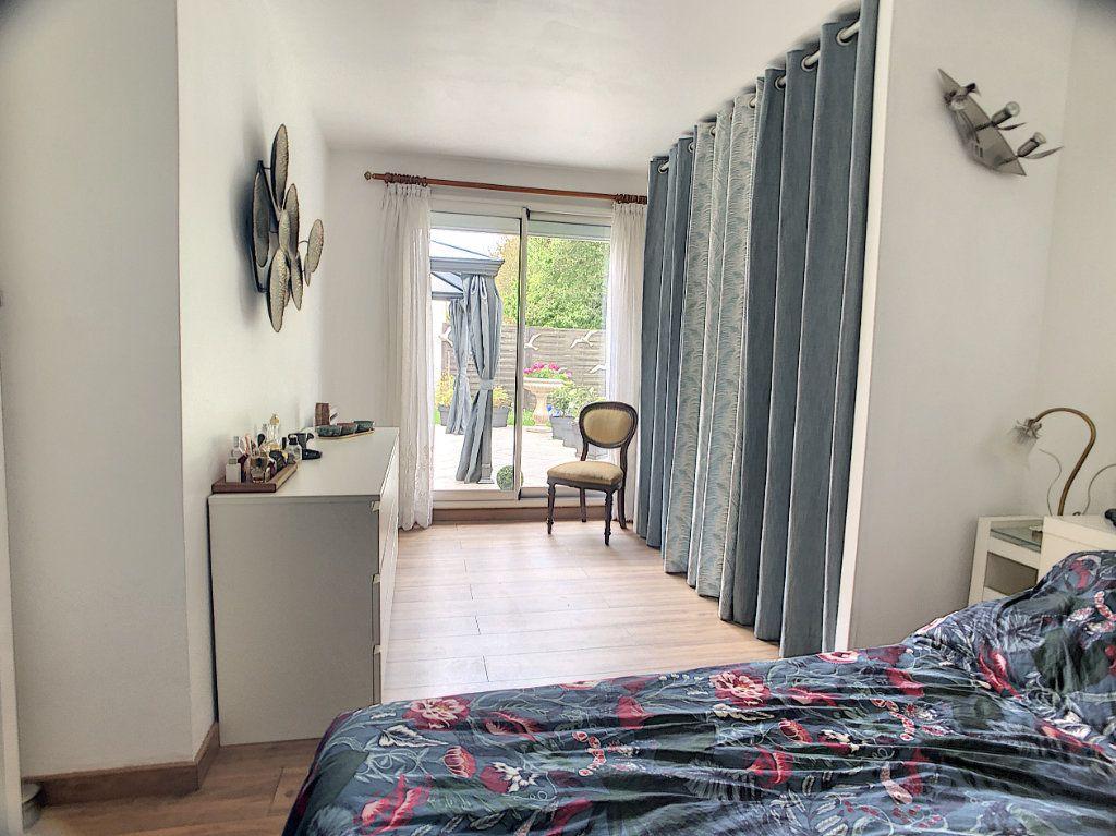 Maison à vendre 5 100m2 à Montigny-le-Bretonneux vignette-5