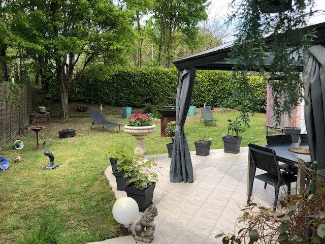 Maison à vendre 5 100m2 à Montigny-le-Bretonneux vignette-10