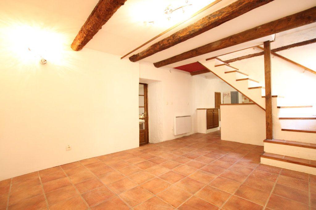 Maison à vendre 6 148m2 à Entraigues-sur-la-Sorgue vignette-2