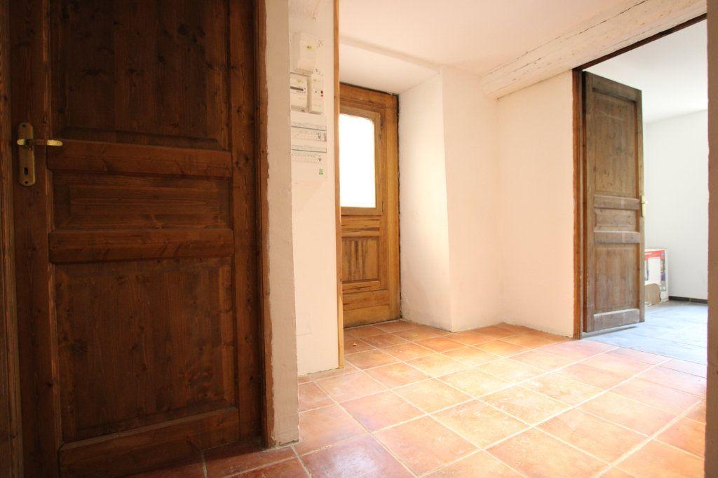 Maison à vendre 6 148m2 à Entraigues-sur-la-Sorgue vignette-6