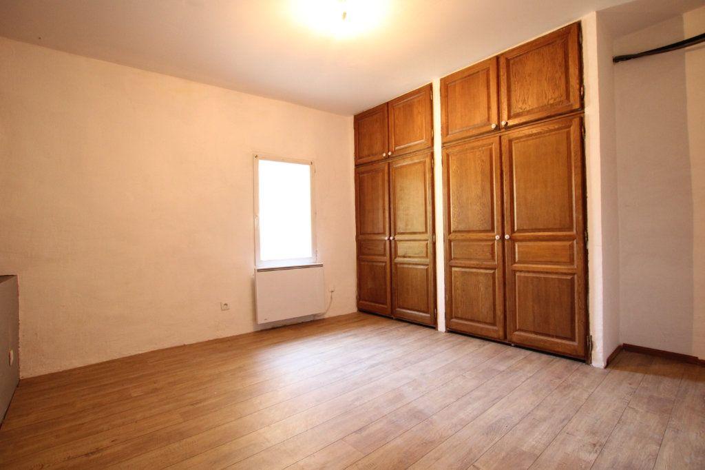 Maison à vendre 6 148m2 à Entraigues-sur-la-Sorgue vignette-9
