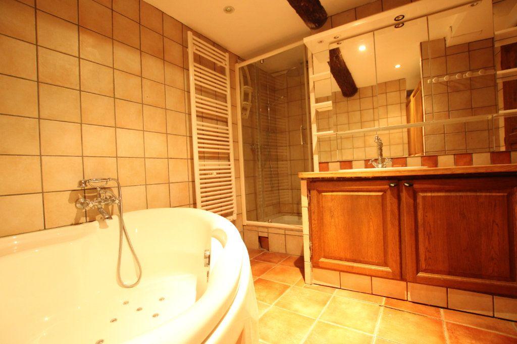 Maison à vendre 6 148m2 à Entraigues-sur-la-Sorgue vignette-11