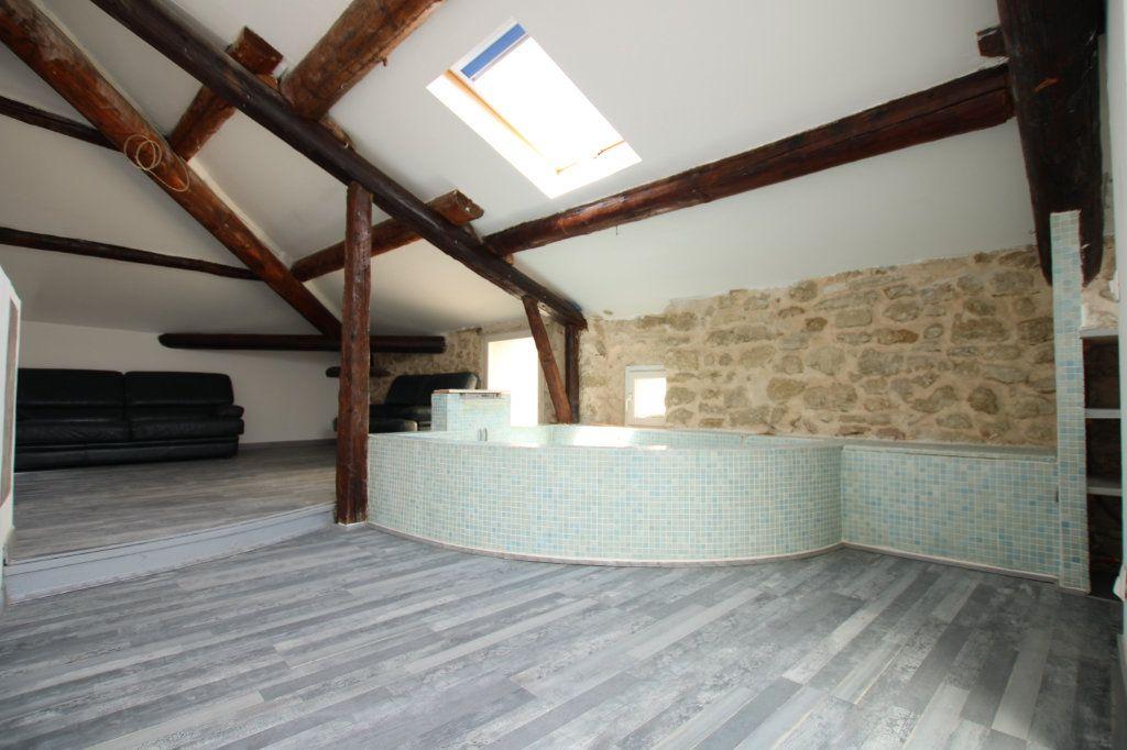 Maison à vendre 6 148m2 à Entraigues-sur-la-Sorgue vignette-14