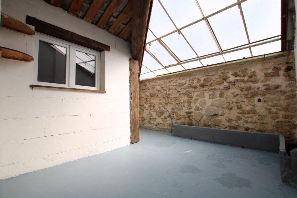 Maison à vendre 6 148m2 à Entraigues-sur-la-Sorgue vignette-15
