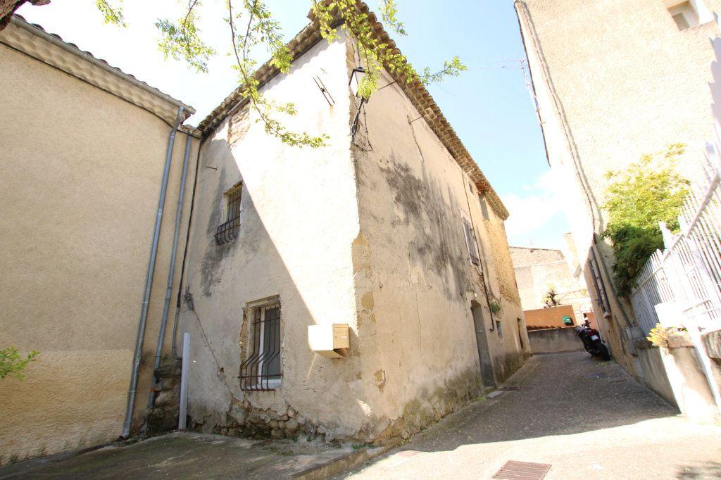 Maison à vendre 6 148m2 à Entraigues-sur-la-Sorgue vignette-17