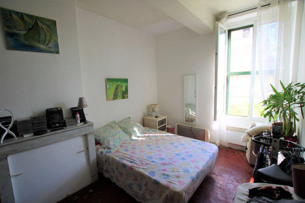 Appartement à vendre 2 37.9m2 à Montfavet - Avignon vignette-2