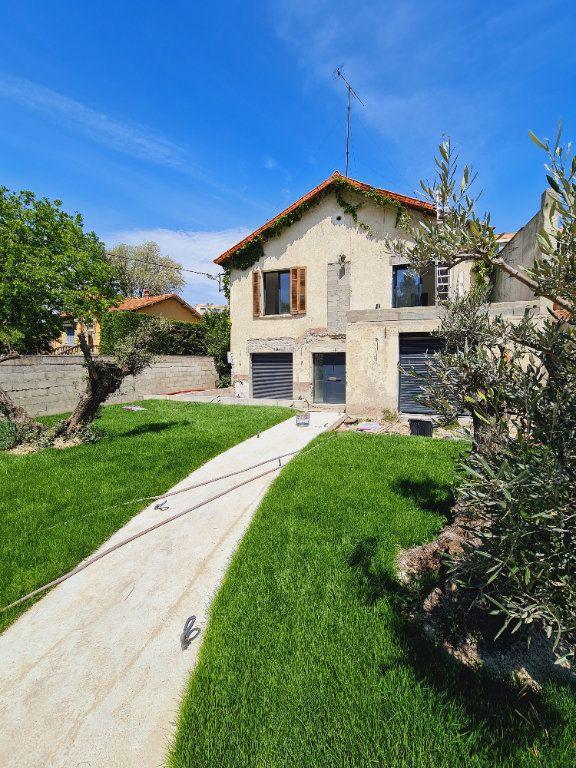 Maison à vendre 5 150m2 à Montfavet - Avignon vignette-2