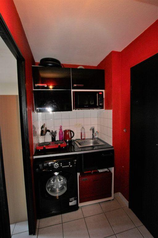 Appartement à louer 2 32.68m2 à Avignon vignette-4