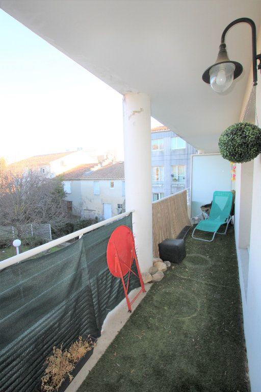 Appartement à louer 2 32.68m2 à Avignon vignette-5