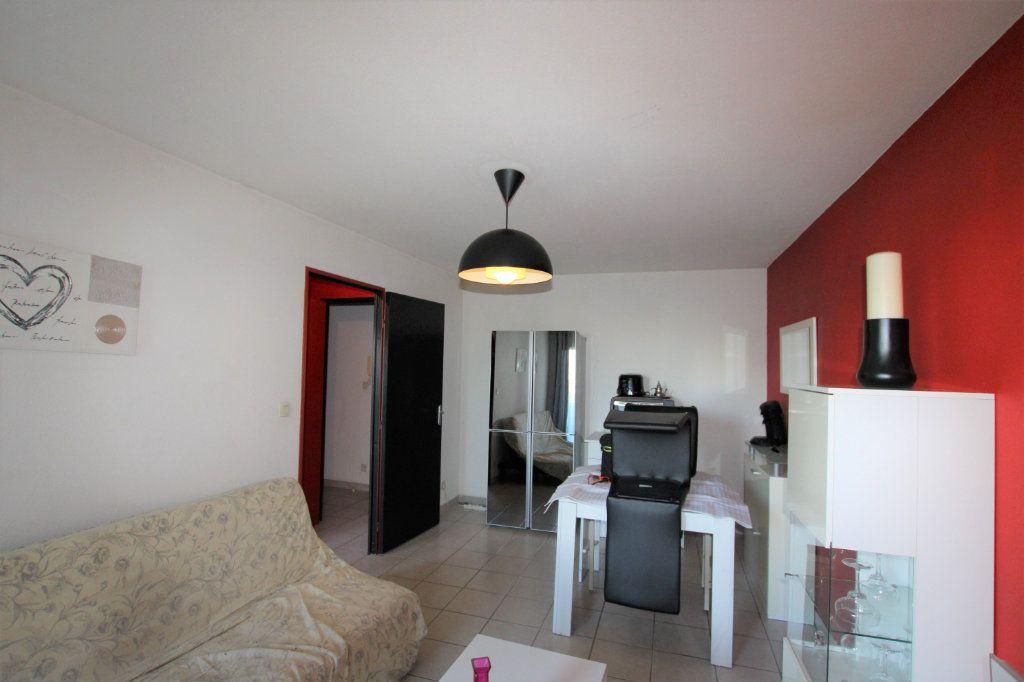 Appartement à louer 2 32.68m2 à Avignon vignette-7