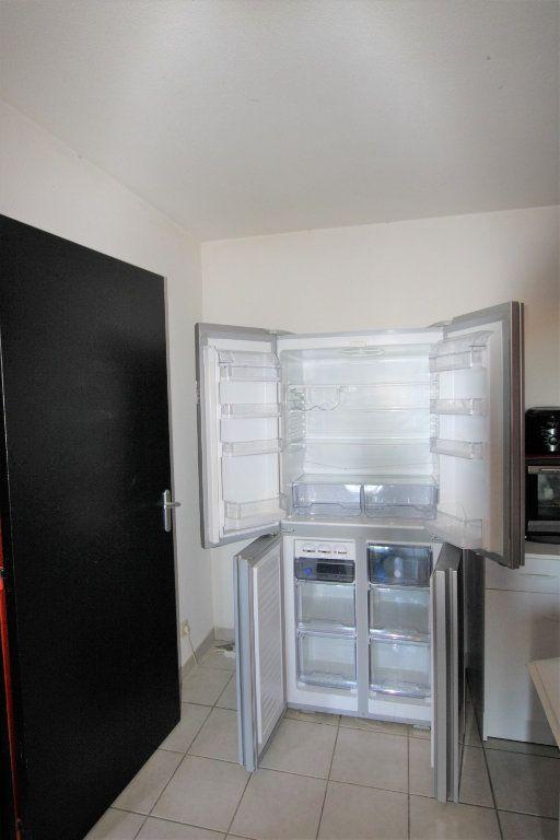 Appartement à louer 2 32.68m2 à Avignon vignette-8