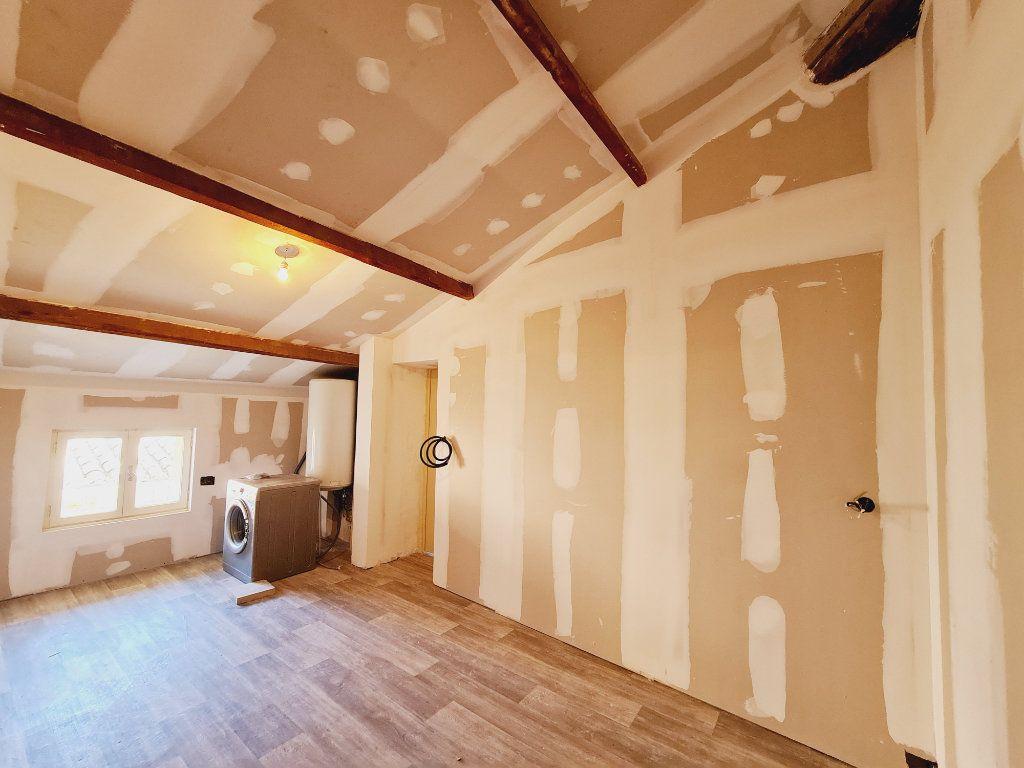 Maison à vendre 5 108m2 à Saint-Saturnin-lès-Avignon vignette-7