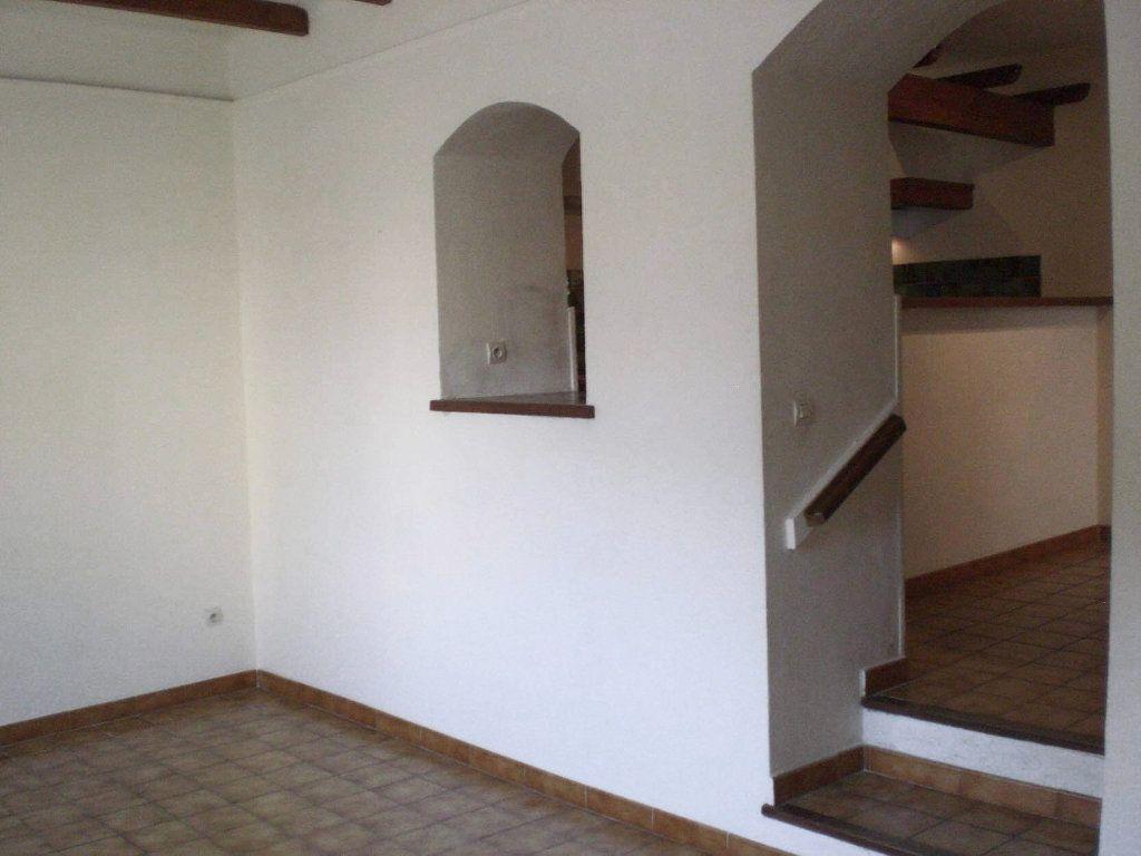 Maison à vendre 5 108m2 à Saint-Saturnin-lès-Avignon vignette-12