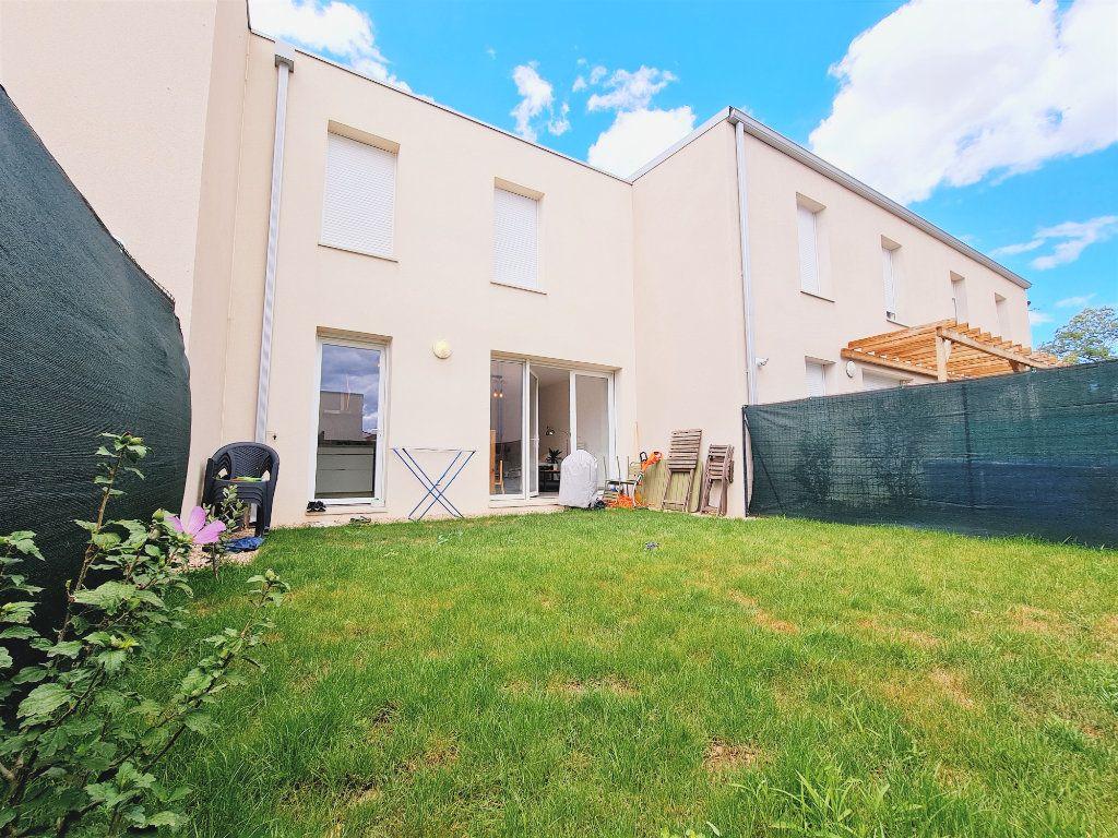 Maison à vendre 3 64.9m2 à Le Pontet vignette-1