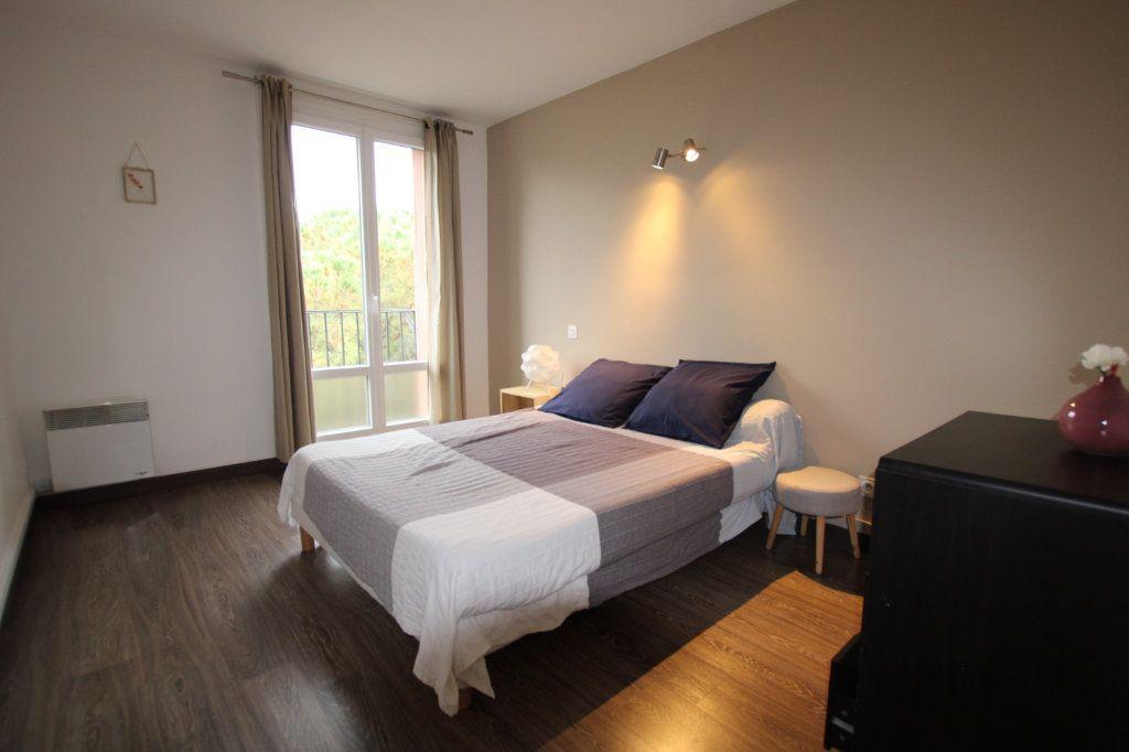 Appartement à vendre 3 57.31m2 à Montfavet - Avignon vignette-4