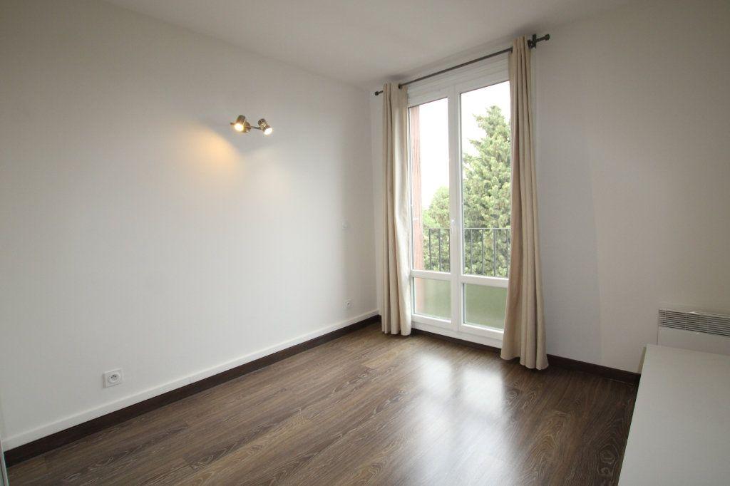 Appartement à vendre 3 57.31m2 à Montfavet - Avignon vignette-5