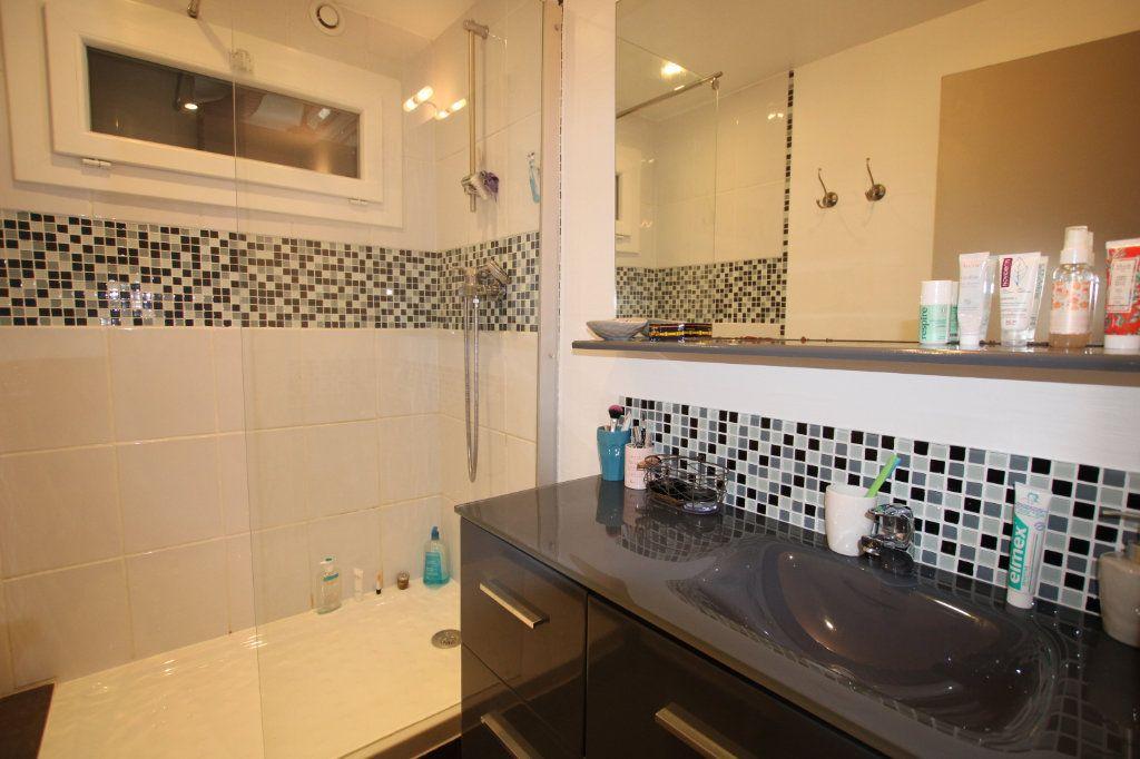 Appartement à vendre 3 57.31m2 à Montfavet - Avignon vignette-7