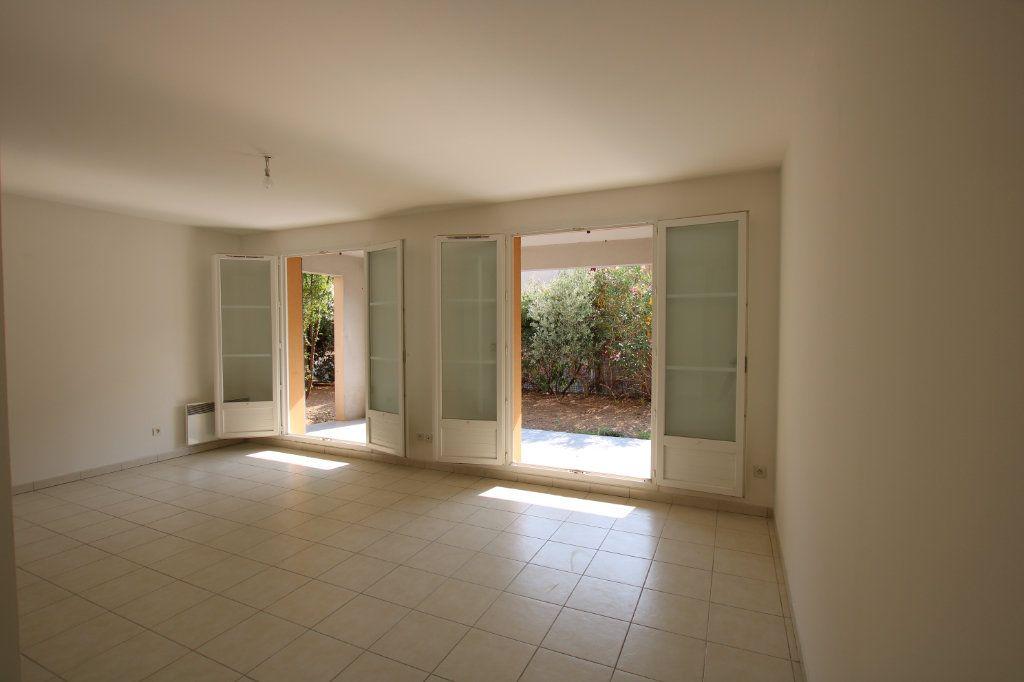 Appartement à vendre 3 67m2 à Montfavet - Avignon vignette-8