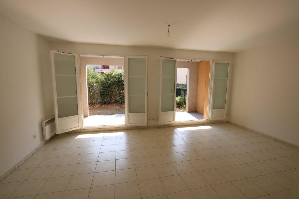 Appartement à vendre 3 67m2 à Montfavet - Avignon vignette-9
