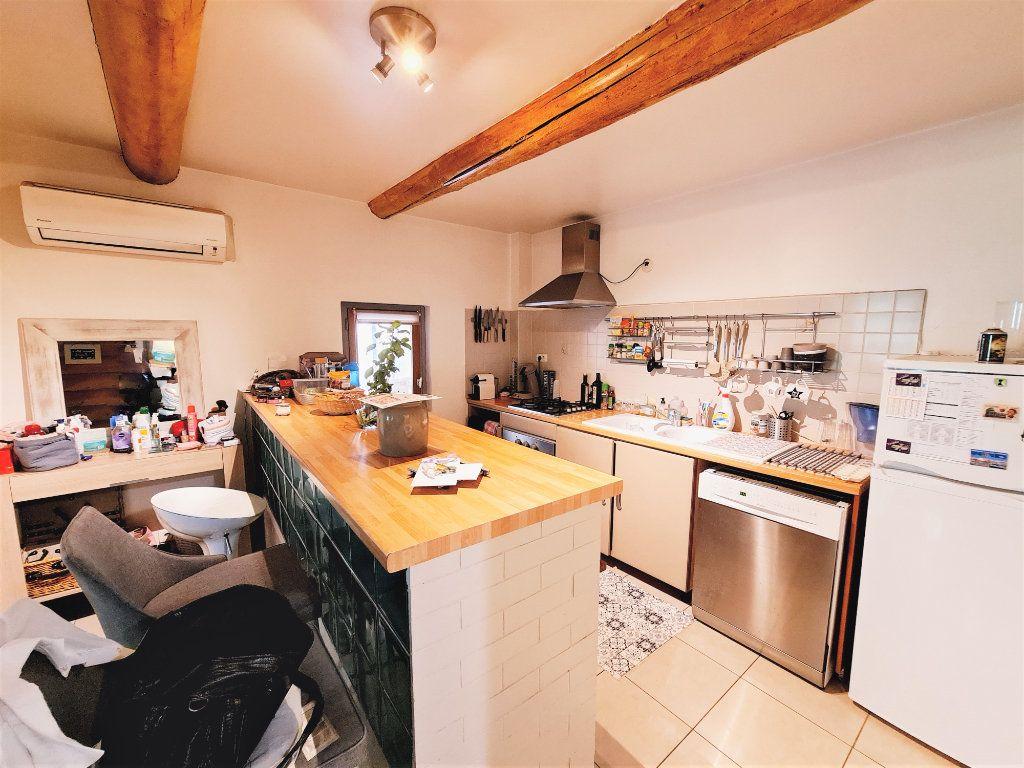 Appartement à vendre 3 84.68m2 à Montfavet - Avignon vignette-2