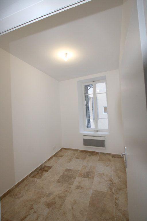 Appartement à louer 2 69m2 à Avignon vignette-7