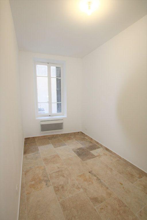 Appartement à louer 2 69m2 à Avignon vignette-8