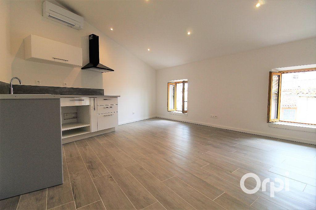 Appartement à vendre 2 36.9m2 à Roquebrune-sur-Argens vignette-2
