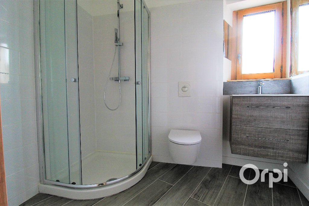 Appartement à vendre 2 36.9m2 à Roquebrune-sur-Argens vignette-4