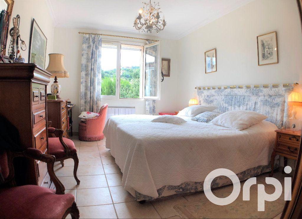 Maison à vendre 6 191m2 à Sainte-Maxime vignette-4