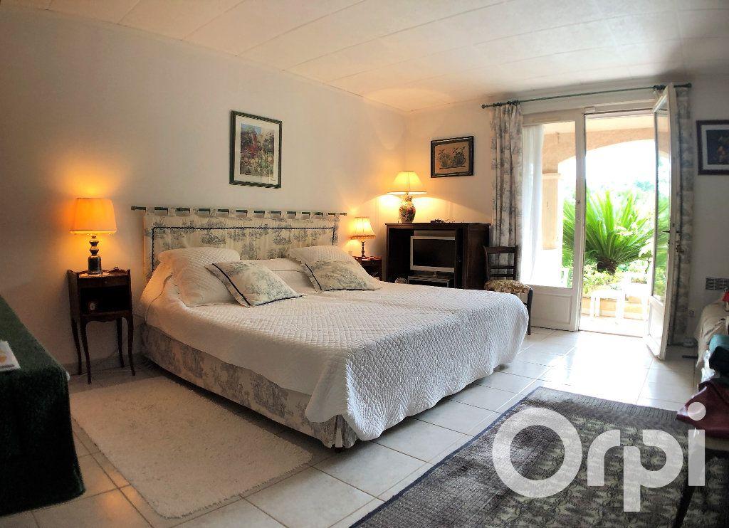Maison à vendre 6 191m2 à Sainte-Maxime vignette-5