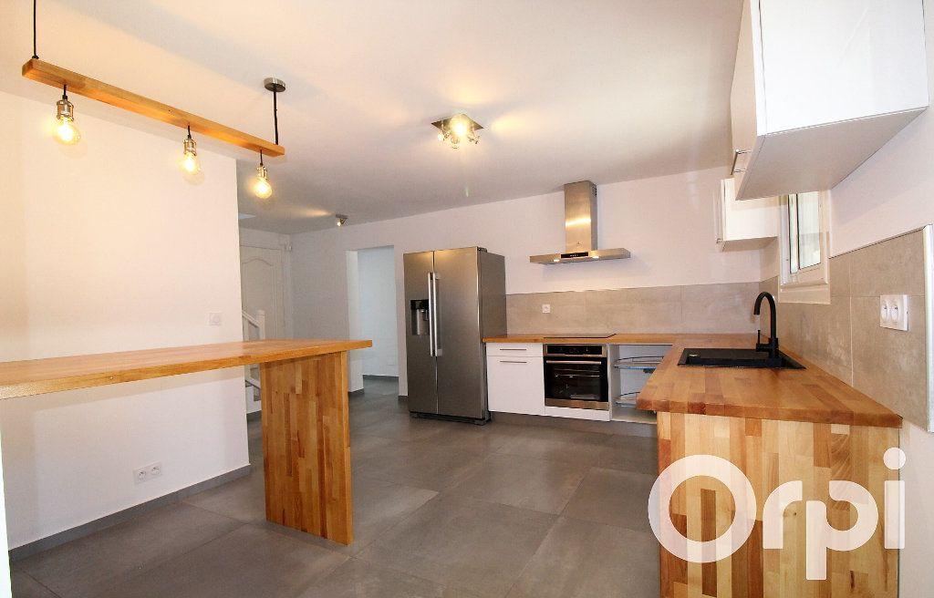 Maison à vendre 6 150m2 à Puget-sur-Argens vignette-3