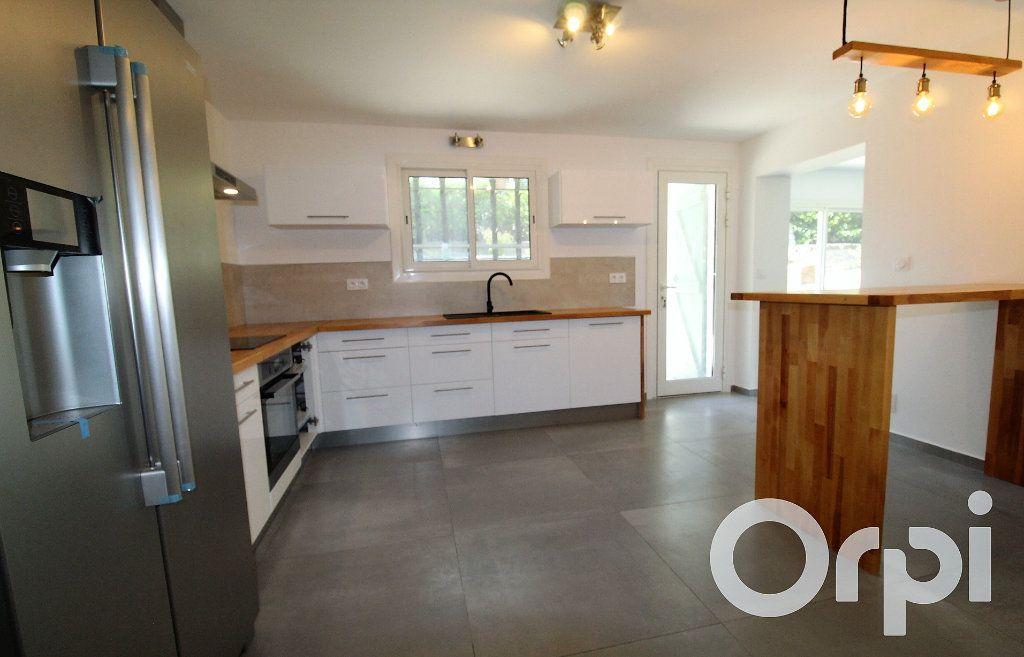 Maison à vendre 6 150m2 à Puget-sur-Argens vignette-5