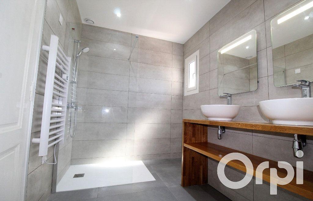 Maison à vendre 6 150m2 à Puget-sur-Argens vignette-6