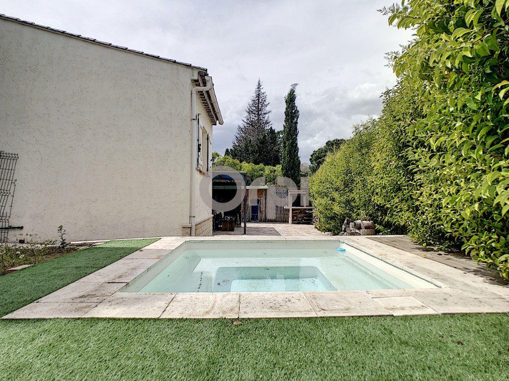 Maison à vendre 4 72m2 à Roquebrune-sur-Argens vignette-1