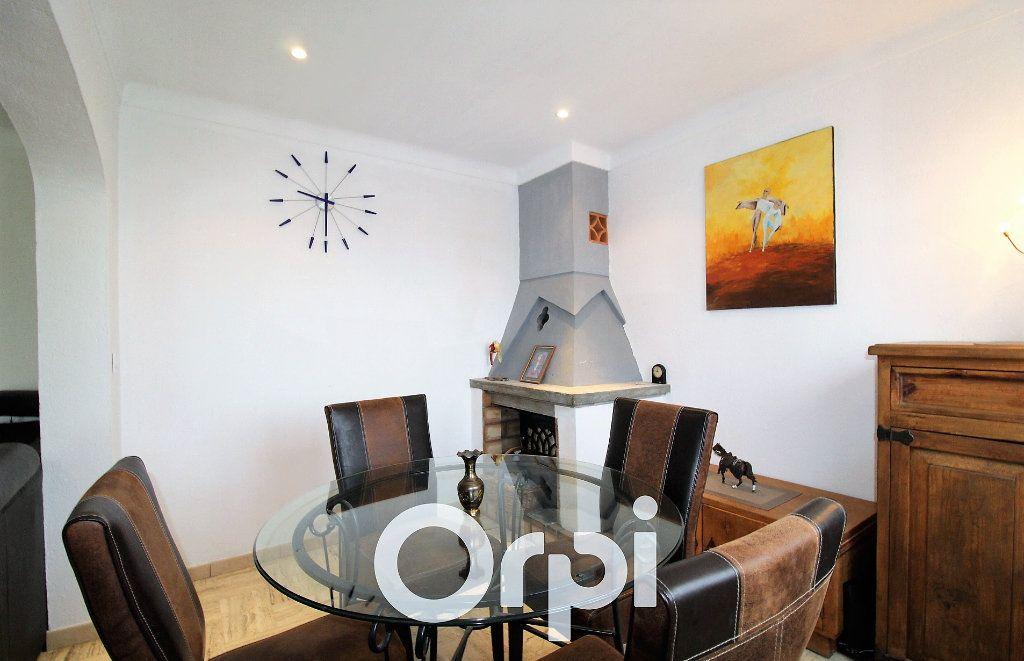 Maison à vendre 4 72m2 à Roquebrune-sur-Argens vignette-5
