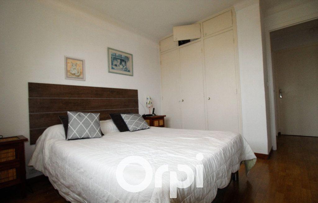 Maison à vendre 4 72m2 à Roquebrune-sur-Argens vignette-6