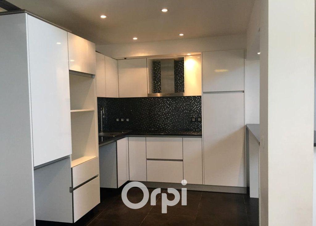 Appartement à vendre 2 58m2 à Roquebrune-sur-Argens vignette-1