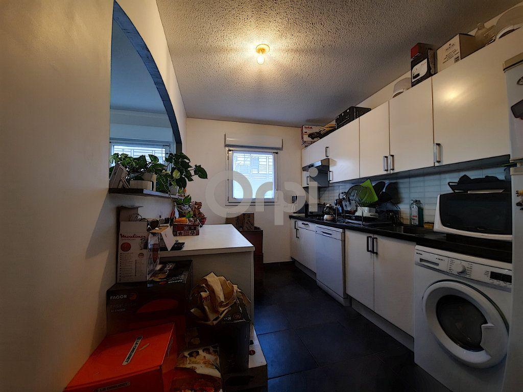 Appartement à vendre 3 64.55m2 à Fréjus vignette-5