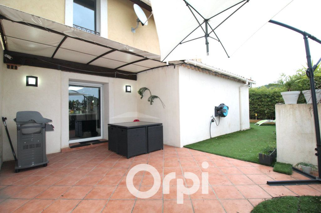 Maison à vendre 6 175m2 à Puget-sur-Argens vignette-5