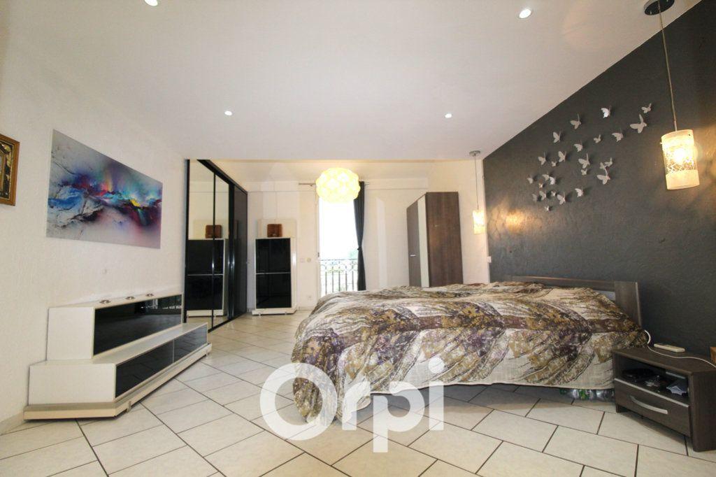 Maison à vendre 6 175m2 à Puget-sur-Argens vignette-8