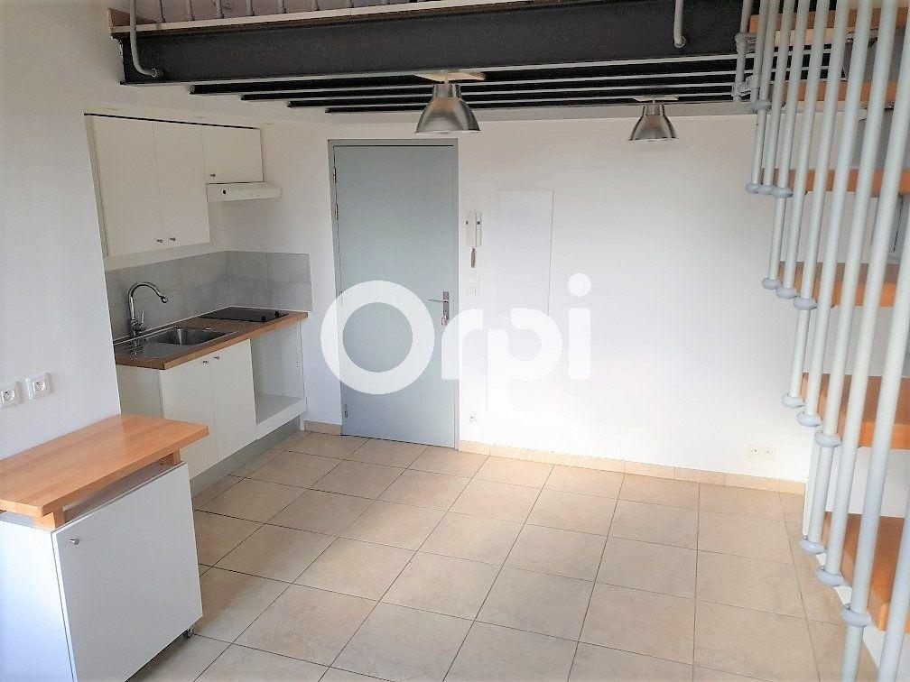 Appartement à louer 1 31m2 à Puget-sur-Argens vignette-2