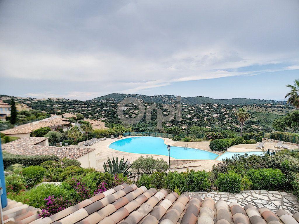Maison à vendre 4 70.66m2 à Les Issambres - Roquebrune-sur-Argens vignette-5
