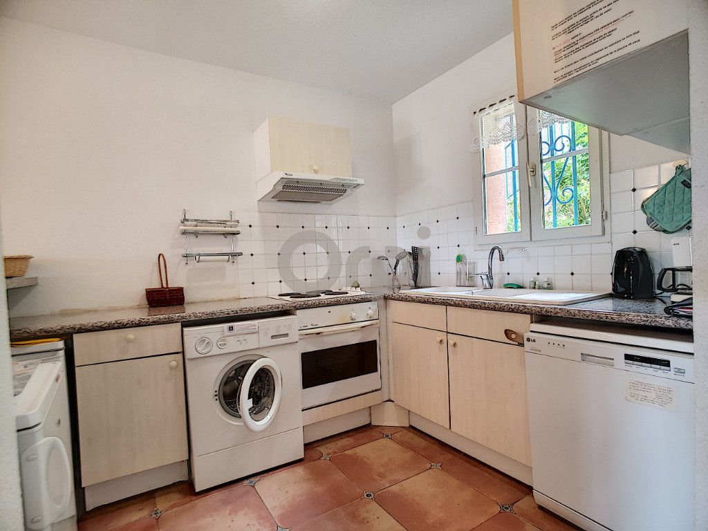 Maison à vendre 4 70.66m2 à Les Issambres - Roquebrune-sur-Argens vignette-7