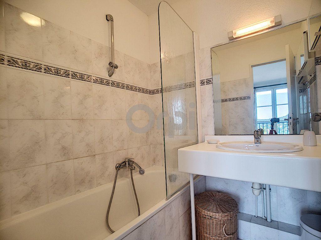 Maison à vendre 4 70.66m2 à Les Issambres - Roquebrune-sur-Argens vignette-12