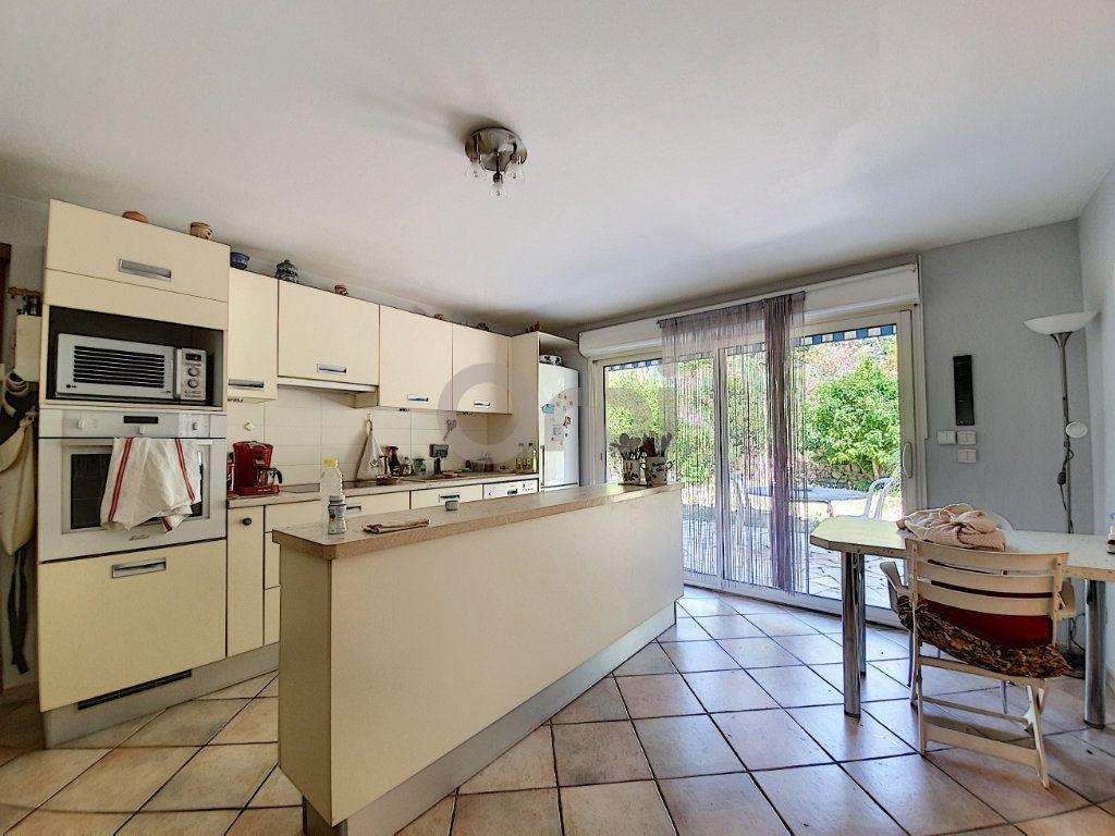 Maison à vendre 6 155m2 à Les Issambres - Roquebrune-sur-Argens vignette-7