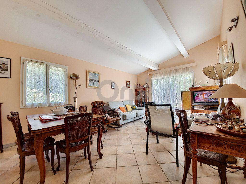 Maison à vendre 6 155m2 à Les Issambres - Roquebrune-sur-Argens vignette-8