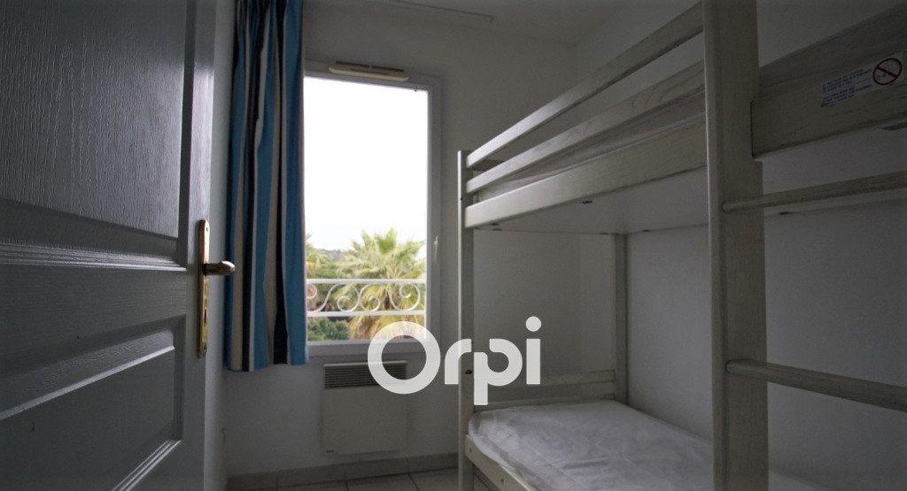 Appartement à vendre 4 56m2 à Fréjus vignette-9
