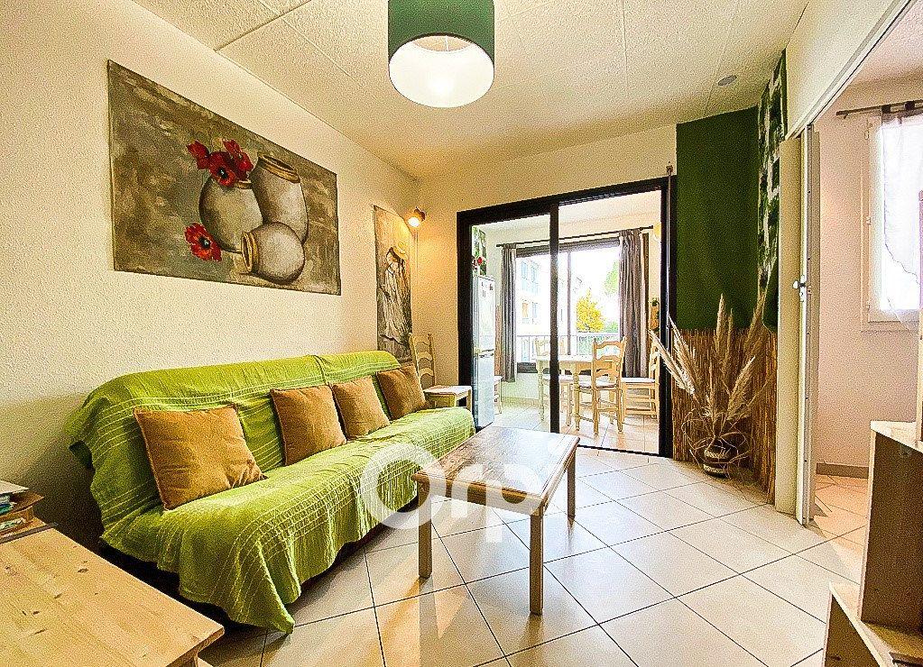 Appartement à vendre 2 27m2 à Fréjus vignette-2