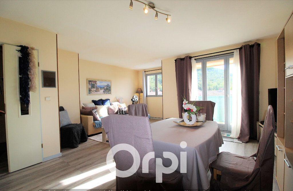 Appartement à louer 4 92.69m2 à Roquebrune-sur-Argens vignette-2