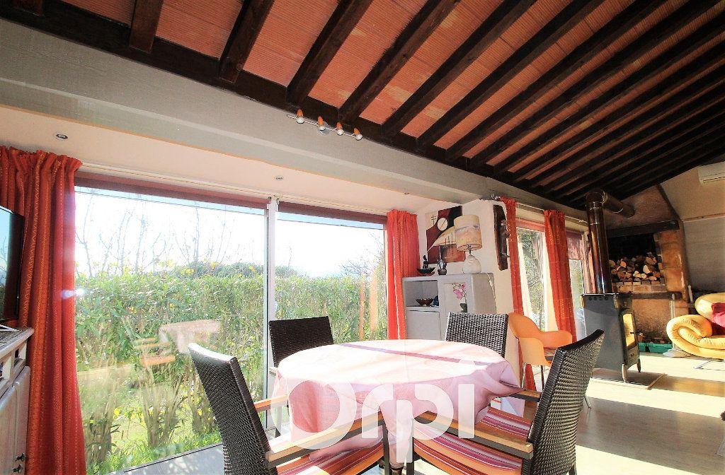 Maison à vendre 6 146.32m2 à Roquebrune-sur-Argens vignette-4